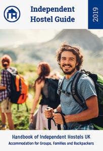 Independent Hostel Guide Britain + Europe 2019 9780956505880  Backpackers Press   Hotelgidsen Britse Eilanden